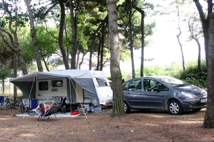 campinggeschichte_wohnwagen