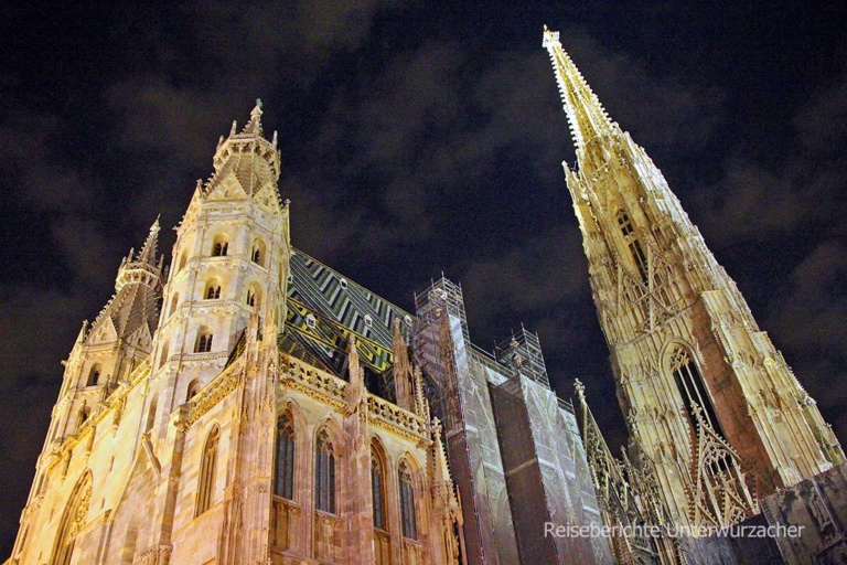 Wien bei Nacht - Stephansdom ...