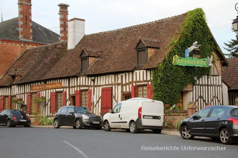Kleines Dorf im Loiretal - ausgezeichnetes Restaurant ...