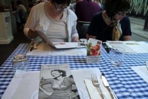 Essen und Speisekarte in Mailand ...