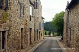 Alte Häuser - enge Straßen ...