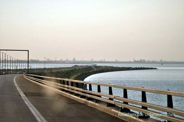 Von der Öresundbrücke durch einen Tunnel nach Dänemark ...