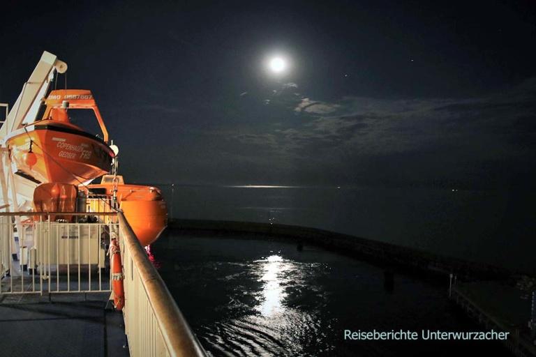 Fahrt mit der Fähre gegen Mitternacht - romantischer Abschied von Dänemark ...