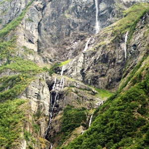 Wasserfälle in allen Facetten ...