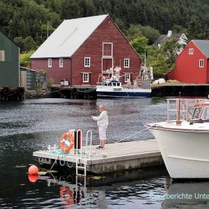 Der Fischereihafen Fosnavåg an der Westküste Norwegens ist unser heutiger Übernachtungsplatz ...