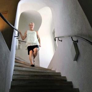 Viele Stufen im Inneren der Frauenkirche ...