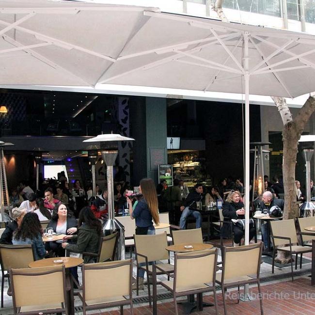 Gemütliches Kaffee in Athen ...