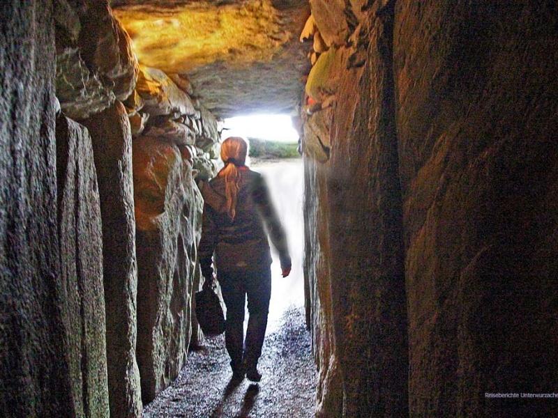... Newgrange - ein mystischer Ort ...