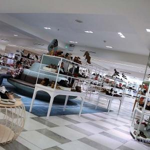 Besuch in einem Schuhgeschäft muss bei uns als Schuhfachmenschen einfach sein ...