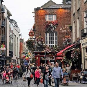 Temple Bar - der wohl bekannteste Stadtteil von Dublin ...