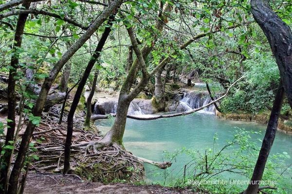 Leider ist der direkte Zugang zum Wasserfall aus Sicherheitsgründen gesperrt - die Umgebung ist auch ganz nett ...