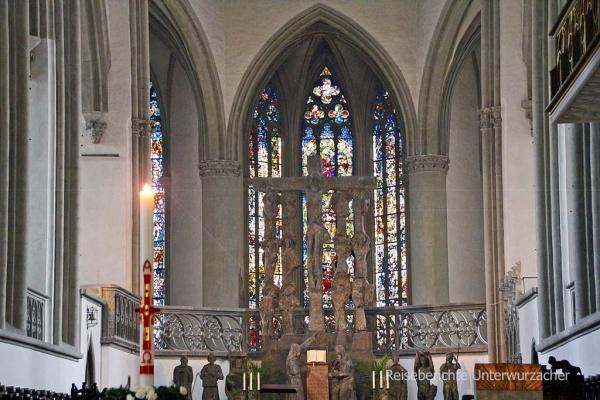 Altar im Mariendom ...