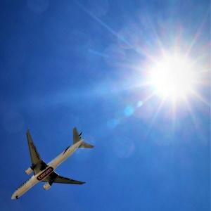 Wir erkunden Lissabon nicht mir dem Flugzeug, sondern ...